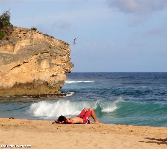 Kauai Beach: Keoneloa Beach Shipwrecks Beach