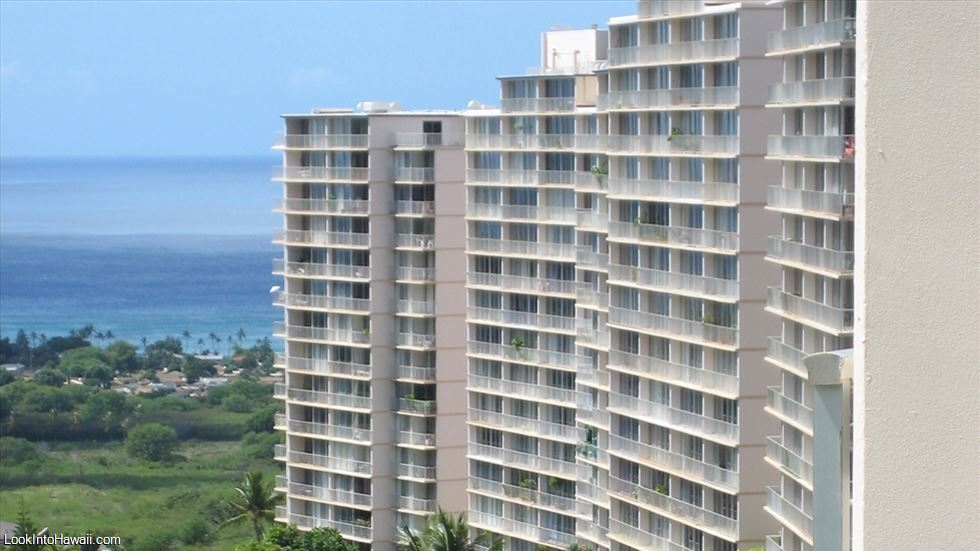 Makaha Valley Towers